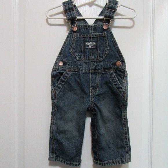 OshKosh Baby Boy / Girl  Overall size 6 Month